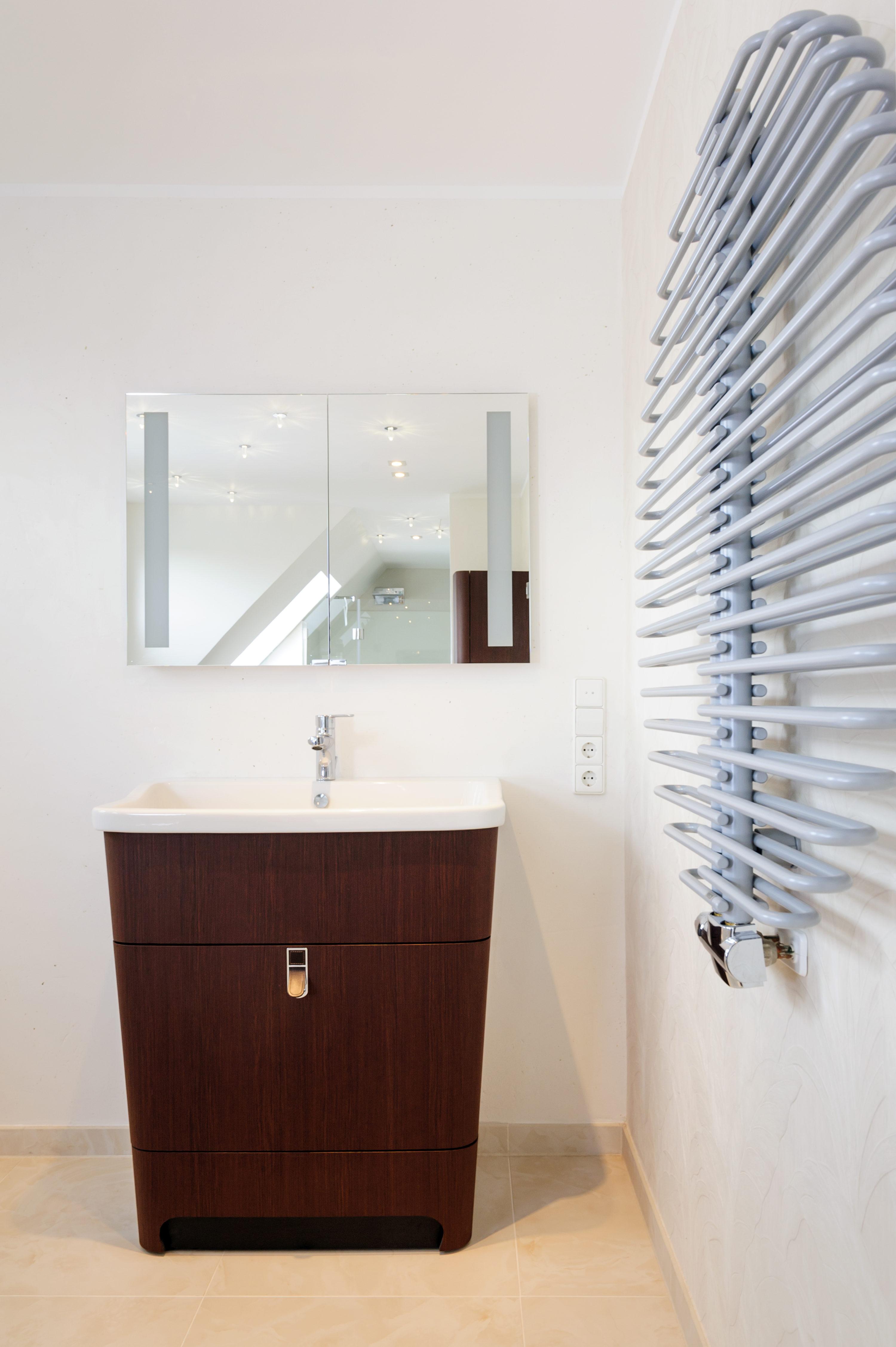 wedetherm glasduschen spiegel glaskunst glasd cher fenster ihr glas fachbetrieb im raum. Black Bedroom Furniture Sets. Home Design Ideas